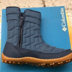 Women's size Columbia boots
